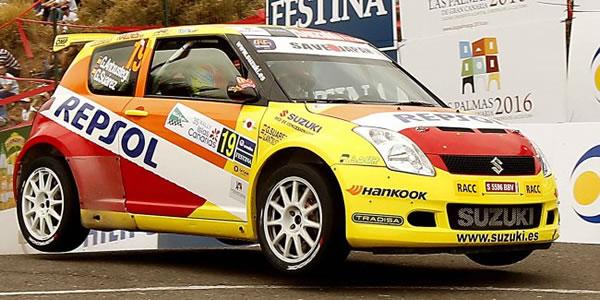 El equipo ofical Suzuki volverá un año más.