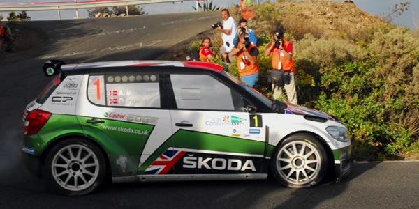 El Rally Islas Canarias IRC 2012 lo lidera Andreas Mikkelsen a falta de tres tramos