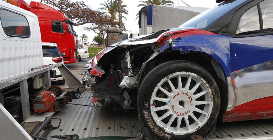 Estado en que quedó el Citroen de Kubica - Foto: Sergio Bolaños