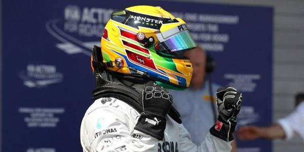 Lewis Hamilton gana el Gran Premio de Hungría 2013