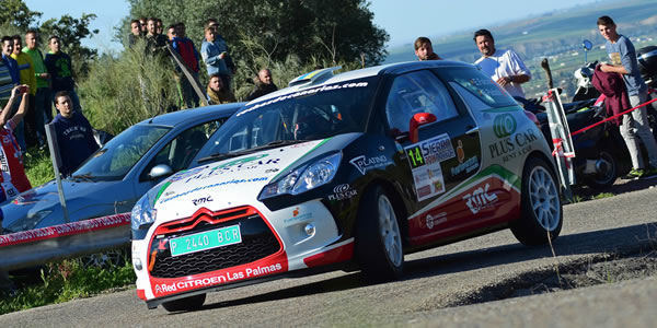 Emma Falcón y Rogelio Peñate en el Rallye Sierra Morena 2016