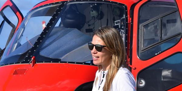 Nira Juanco dedica unas palabras en el Rally Islas Canarias