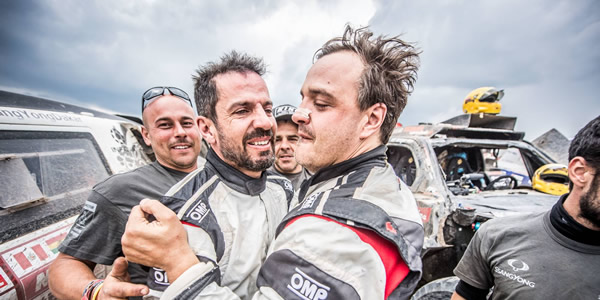 Óscar Fuertes y Diego Vallejo completan el Dakar 2018