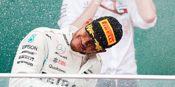 Hamilton se lleva un accidentado GP Azerbaiyán 2018