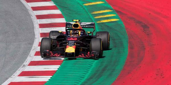 Verstappen gana en Austria con  debacle de Mercedes