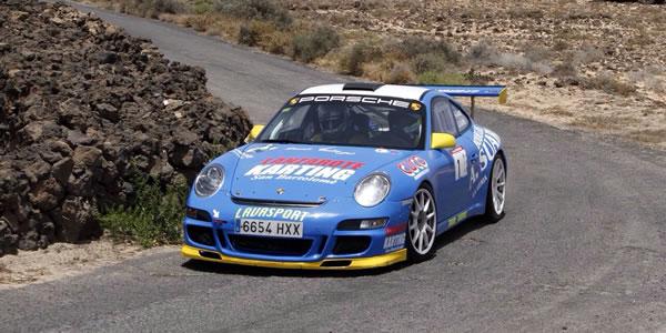 Toñín Suárez con el Porsche 911 GT. Foto: Sergio Betancort