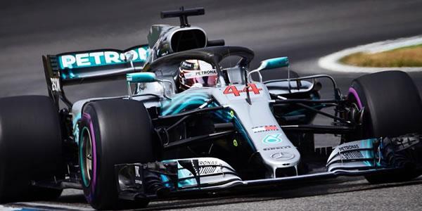 Hamilton gana en Alemania en una carrera loca