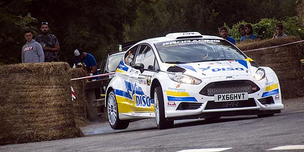 Gustavo Sosa con el Ford Fiesta R5