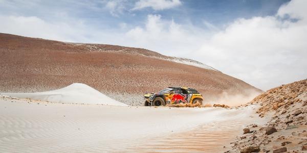 Loeb gana la quinta etapa del Dakar