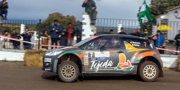 Juan Carlos Quintana y Rogelio Peñate en el Rallye Circuito de Navarra