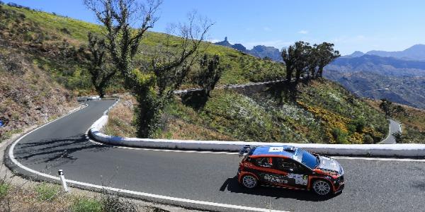 Lukyanuk - Arnautov al frente del Rally Islas Canarias