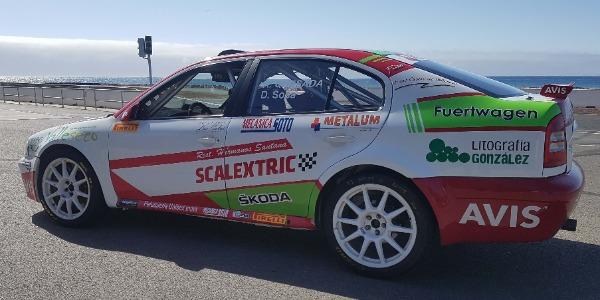 Raúl Quesada y Dani Sosa vuelven a la carga con el Skoda Octavia Kit Car