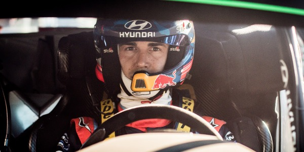 Dani Sordo preparado para el Rally de Portugal