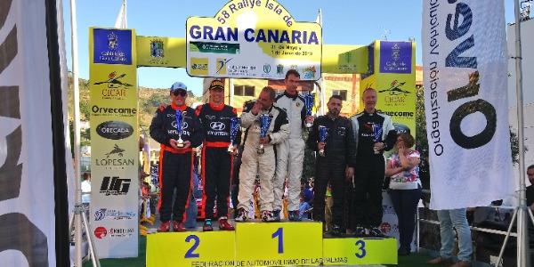 Iván Armas y Fran Vega firmaron la victoria en el Isla de Gran Canaria
