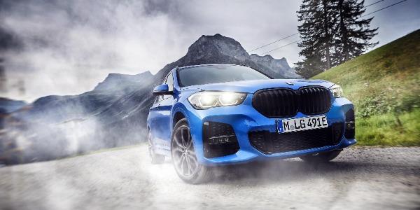 Nuevo BMW X1 xDrive25e, placer de conducción sostenible