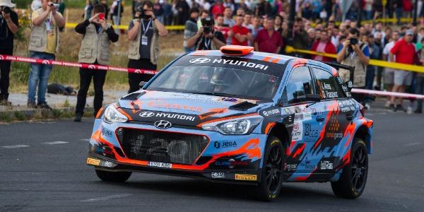 Emocionante lucha en el Rally de Madrid por los mejores tiempos