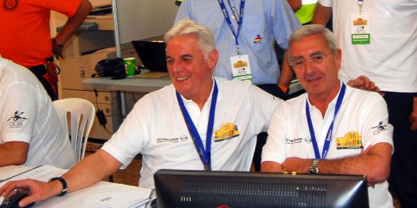 José Ramón González (izq.) junto a Manuel Vidal (der.). Rally Islas Canarias 2012
