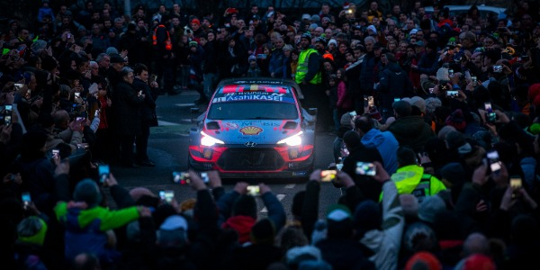 Thierry Neuville y Nicolas Gilsoul. Foto: Jaanus Ree/Red Bull Content Pool
