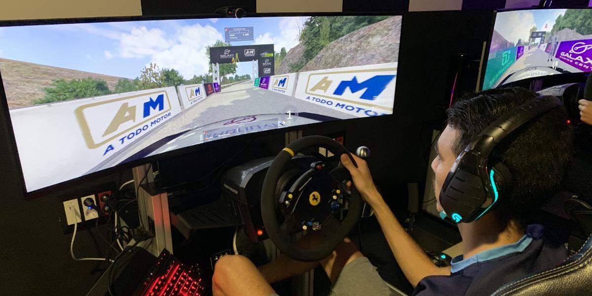 David Fleitas en el Simulador Assetto Corsa