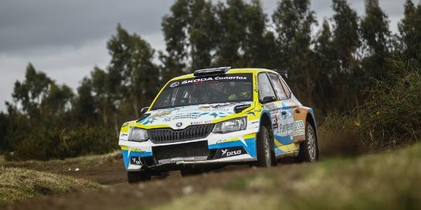 Sosa y Peñate cerca del top ten en el Rally Serras de Fafe