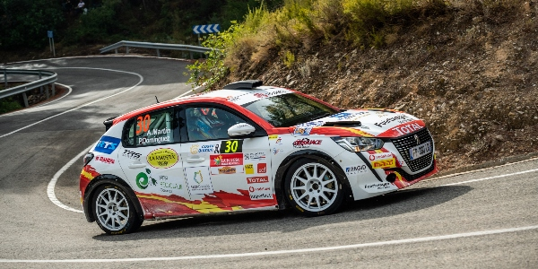 Primer podio en la Beca Junior R2 para Martín y Domínguez