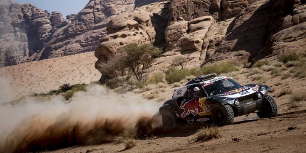 Rally Dakar 2021 - Etapa 9: Problemas mecánicos para Sainz