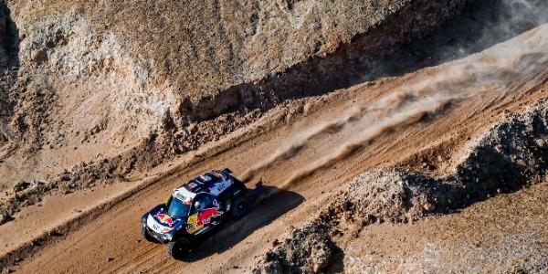 Rally Dakar 2021 - Etapa 10: La navegación retrasa a Sainz
