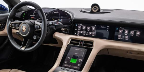 Las nuevas pantallas que llegan a los coches