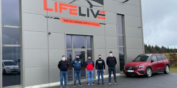 Iván Ares y los hermanos Neuville unen fuerzas en Autocross
