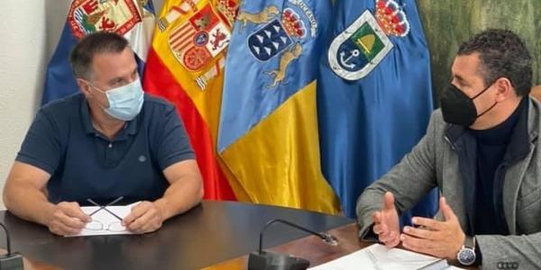 Poli Delgado junto a Andrés Martínez