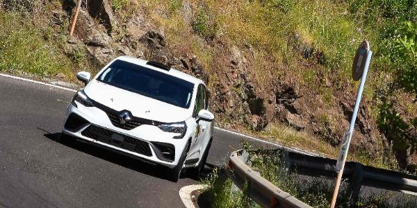 Positivos primeros kilómetros para el Renault Clio Rally5
