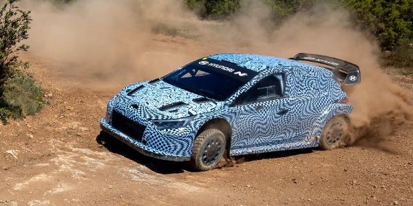 Hyundai Motorsport prueba su coche híbrido para el WRC 2022