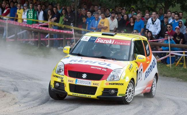 Santiago Cañizares y Dani Cué en el pasado Rallye Rías Baixas